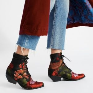 Free People~ Grove Lace-Up Western Boot